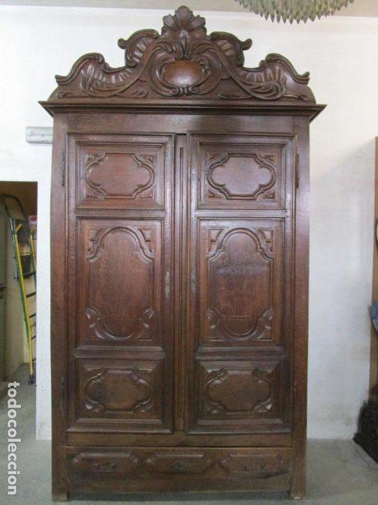Antigüedades: Precioso Armario Catalán Antiguo - Madera de Nogal y Fina Marquetería - Remate Original - Año 1766 - Foto 21 - 196475810