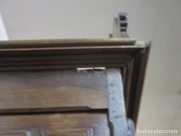 Antigüedades: Precioso Armario Catalán Antiguo - Madera de Nogal y Fina Marquetería - Remate Original - Año 1766 - Foto 30 - 196475810