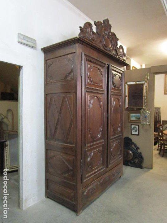 Antigüedades: Precioso Armario Catalán Antiguo - Madera de Nogal y Fina Marquetería - Remate Original - Año 1766 - Foto 31 - 196475810
