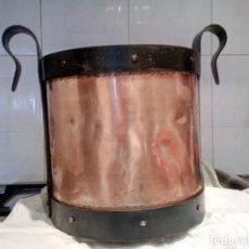 Antigüedades: OLLA RECIPIENTE DE COBRE. Lote 196477800