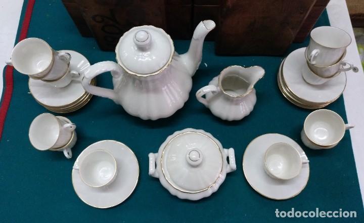 Antigüedades: JUEGO DE CAFÉ, PORCELANA BIDASOA (ESPAÑA) 12 SERVICIOS BLANCO CON HILO DORADO - Foto 8 - 196486500