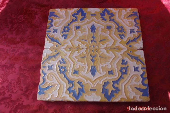 2 ANTIGUOS AZULEJOS DE TRIANA- SEVILLA. CERAMICA RAMOS REJANO (Antigüedades - Porcelanas y Cerámicas - Triana)