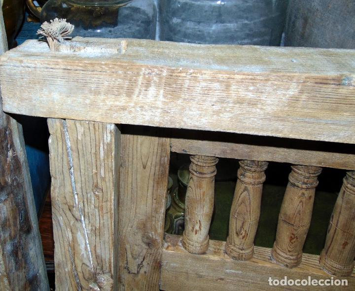 Antigüedades: puerta de alacena con marco, siglo XVIII, DECAPADA SIN BARNICES NI CERAS, LISTA PARA COLOCAR - Foto 10 - 196567593
