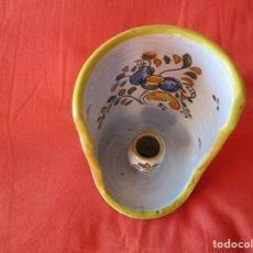 Antigüedades: VELERO. TALAVERA. FIRMADO: S. TIMONEDA. 15 X 10 CM. (PORCELANA ESMALTADA AL FUEGO) MUY ANTIGUA.. Lote 196569943
