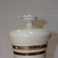 Antigüedades: ALBARELO BOTE DE FARMACIA ÉPOCA ISABELINA S XIX SUBNITRATO DE BISMUTO 28 CM. PORCELANA. Lote 196591055