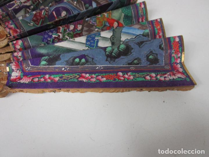 Antigüedades: Antiguo Abanico de las Mil Caras - Canton, China - Caras Marfil, Vestidos de Seda - con Caja - Foto 5 - 196640693