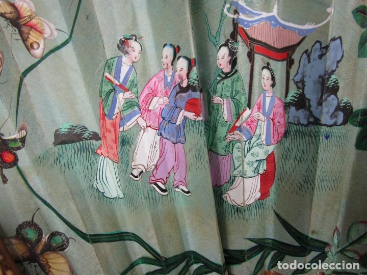 Antigüedades: Antiguo Abanico de las Mil Caras - Canton, China - Caras Marfil, Vestidos de Seda - con Caja - Foto 13 - 196640693