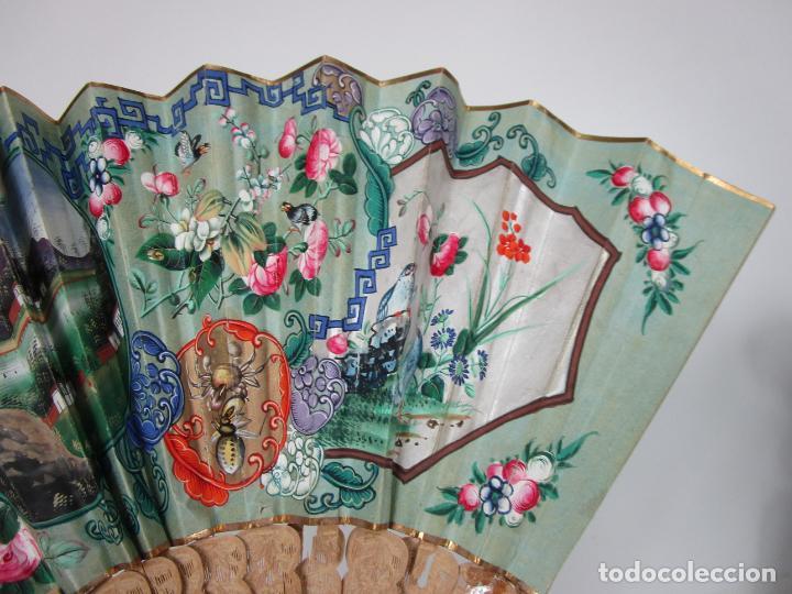 Antigüedades: Antiguo Abanico de las Mil Caras - Canton, China - Caras Marfil, Vestidos de Seda - con Caja - Foto 15 - 196640693