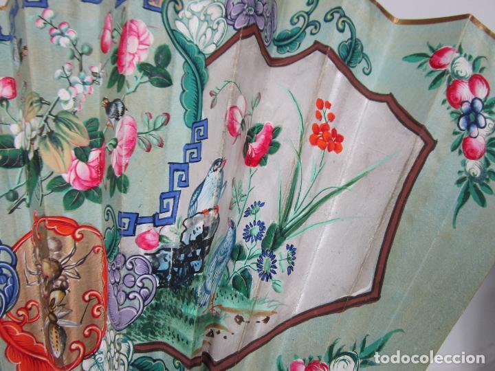 Antigüedades: Antiguo Abanico de las Mil Caras - Canton, China - Caras Marfil, Vestidos de Seda - con Caja - Foto 16 - 196640693