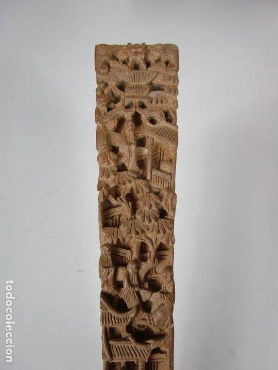Antigüedades: Antiguo Abanico de las Mil Caras - Canton, China - Caras Marfil, Vestidos de Seda - con Caja - Foto 19 - 196640693