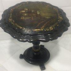 Antigüedades: MARAVILLOSA MESA VELADOR CON NÁCAR Y MADREPERLA SIGLO XIX. Lote 155363526