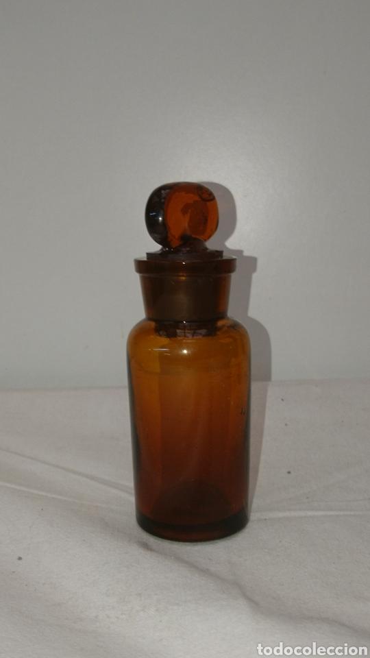 Antigüedades: botella farmacéutica muy antigua...11cm x 35cm. Medidas en el interior ver fotos. - Foto 3 - 196672955