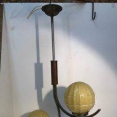 Antigüedades: BONITA LAMPARA ART DECO ANTIGUA.. Lote 196739948