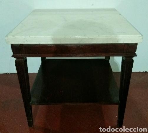 MESA AUXILIAR NEOCLASICA EN MADERA CON SOBRE DE MARMOL (Antigüedades - Muebles Antiguos - Mesas Antiguas)