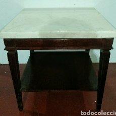 Antigüedades: MESA AUXILIAR NEOCLASICA EN MADERA CON SOBRE DE MARMOL. Lote 196763986