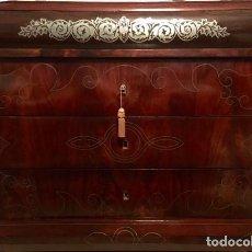 Antiquités: COMODA ISABELINA MARQUETERIA. Lote 196782383
