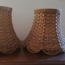Antigüedades: 2 TULIPAS DE MIMBRE. Lote 196883848