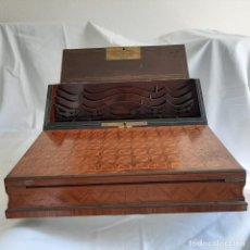 Antigüedades: MAGNIFICO ESCRITORIO PORTÁTIL NAPOLEON III SIGLO XIX. REALIZADO POR TAHAN PARIS. Lote 196940013