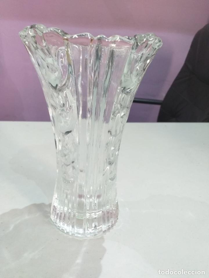 Antigüedades: Antiguo jarron de cristal bohemia - ver las imágenes - Foto 3 - 267841924