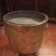 Antigüedades: MACETERO DE LATÓN CONVERTIDO EN CENICERO. Lote 196959867