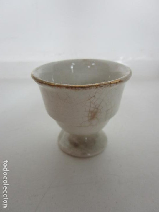 Antigüedades: Centro de Mesa - Huevera Isabelina - Porcelana con Ribetes Doradas - S. XIX - Foto 10 - 196970153