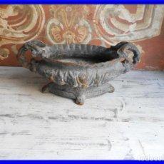 Antigüedades: JARDINERA DE HIERRO PRECIOSA PARA TERRAZA O JARDIN. Lote 197067343