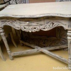 Antigüedades: CONSOLA TALLADA EN BLANCO Y DESGASTES . Lote 197093633