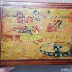 Antigüedades: CAJA NECESER DE MADERA CON LLAVE Y COMPLEMENTOS MUY CURIOSA. Lote 197104136