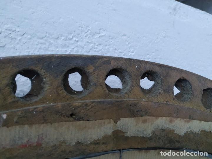 Antigüedades: ANTIGUO ESPEJO MADERA DORADO 59 CM - Foto 4 - 197157596