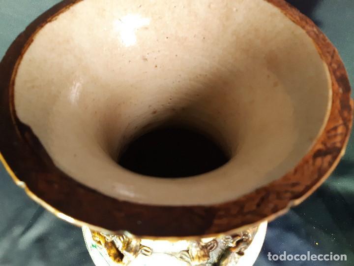 Antigüedades: Pareja jarrones porcelana. Firmados. China. Siglo XIX-XX. - Foto 19 - 197216660
