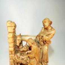 Antigüedades: BELLO NACIMIENTO EN RESINA DE LOS PRESTIGIOSOS TALLERES GRANDA. 23 CM. DE ALTO. 9 X 6 CM.. Lote 197231655