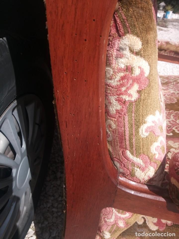 Antigüedades: Antiguo sofá de respaldo alto con 2 banquetas reposa pies a juego,estilo victoriano,siglo xix - Foto 12 - 197242585