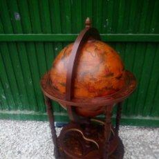 Antigüedades: ANTIGUO GLOBO TERRÁQUEO BOTELLERO.. Lote 197247895