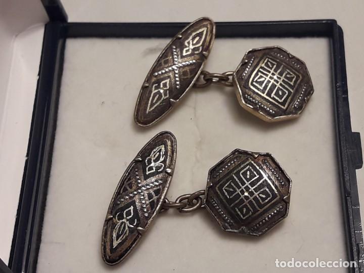 Antigüedades: Bellos antiguos gemelos de oro damasquinado Toledo - Foto 6 - 197254090