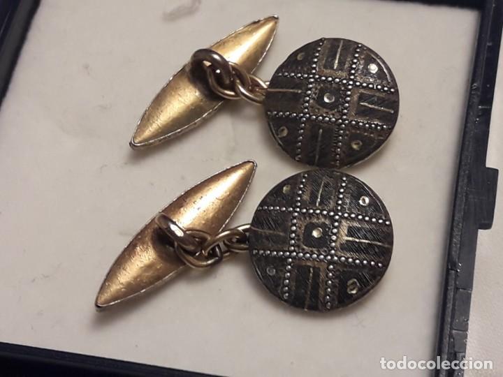 Antigüedades: Bellos antiguos gemelos de oro damasquinado Toledo - Foto 3 - 197254162