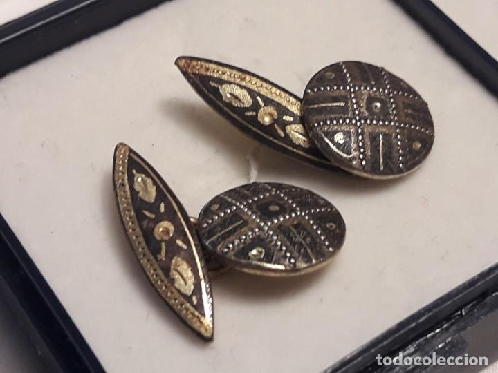 Antigüedades: Bellos antiguos gemelos de oro damasquinado Toledo - Foto 7 - 197254162