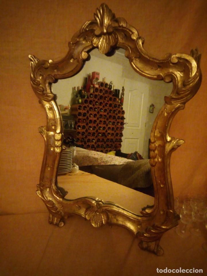 Antigüedades: Antiguo espejo isabelino,marco de madera pintado en dorado. - Foto 4 - 197261838