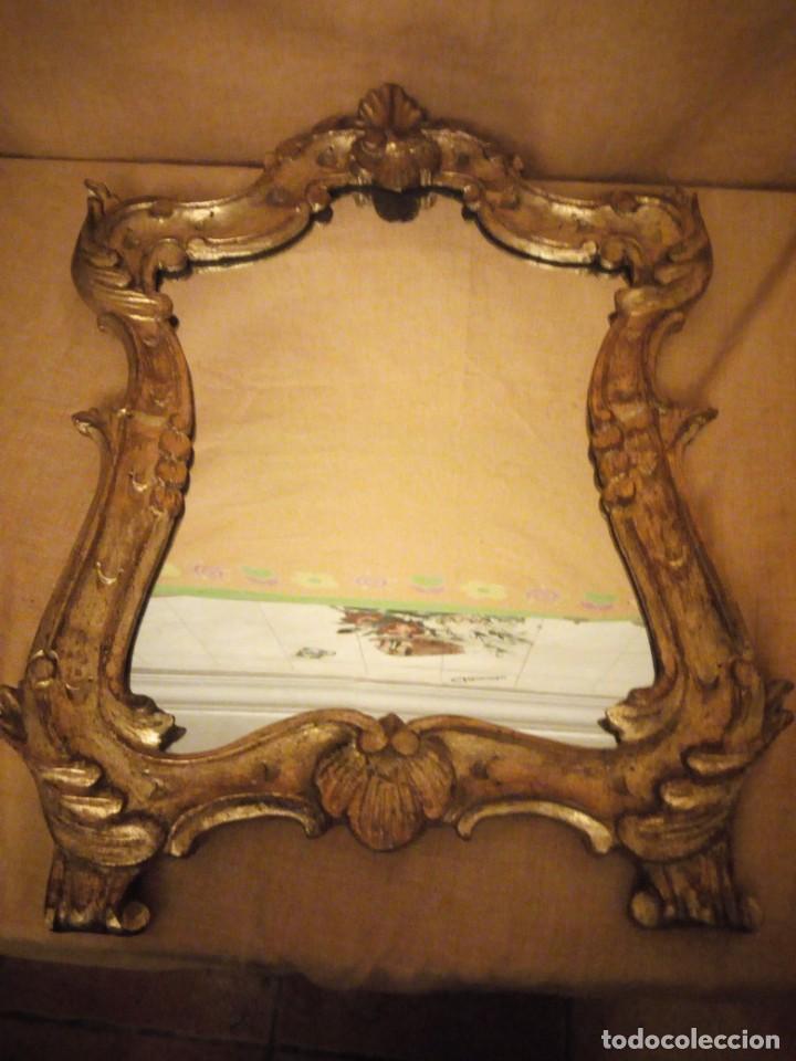 Antigüedades: Antiguo espejo isabelino,marco de madera pintado en dorado. - Foto 8 - 197261838