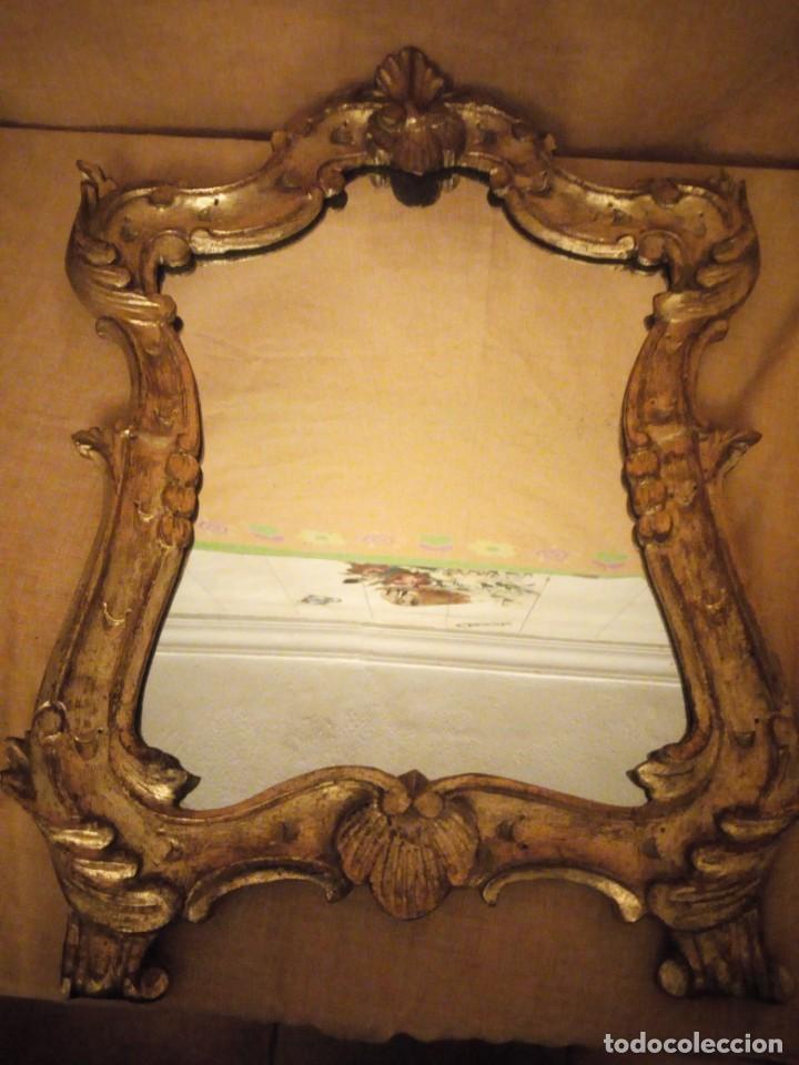 Antigüedades: Antiguo espejo isabelino,marco de madera pintado en dorado. - Foto 9 - 197261838