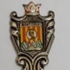 Antiquités: PEQUEÑA CUCHARA DE RECUERDO DE MONTSERRAT BARCELONA EN PERFECTO ESTADO. Lote 197299635
