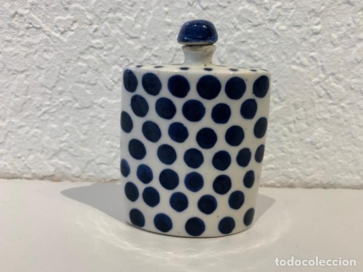 Antigüedades: Snuff bottle perfumero en porcelana blanca y azul, asiático. Principios del siglo XX. - Foto 4 - 197299843