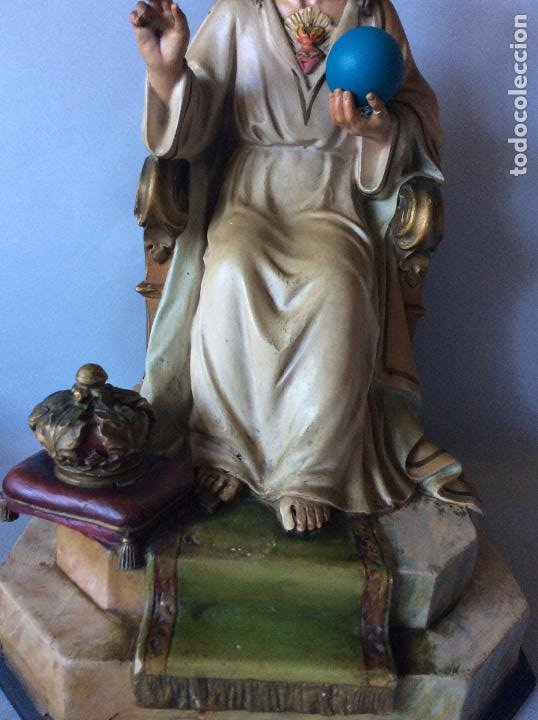 Antigüedades: Antiguo Sagrado corazón realizado en estuco policromado, OLOT - Foto 2 - 197342807