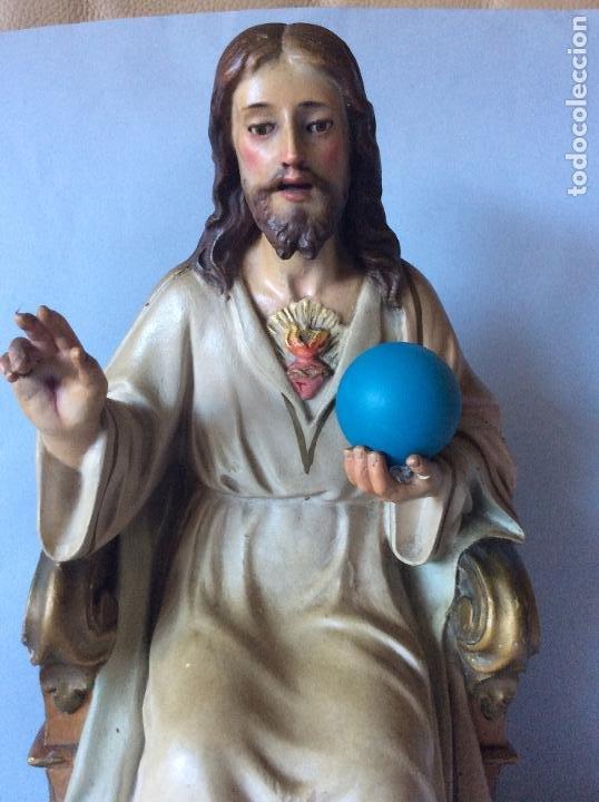 Antigüedades: Antiguo Sagrado corazón realizado en estuco policromado, OLOT - Foto 3 - 197342807