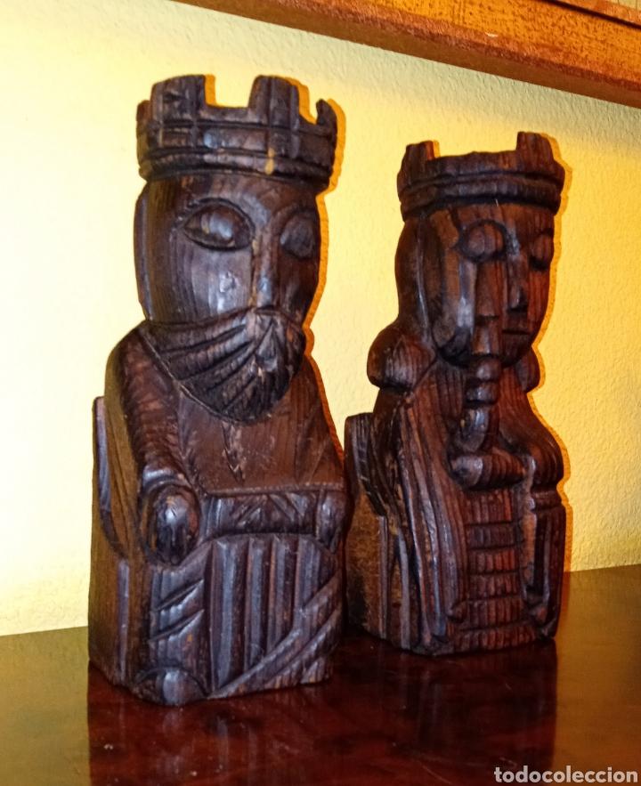 Antigüedades: DOS TALLAS EN MADERA - REY Y REINA - - Foto 2 - 229092230