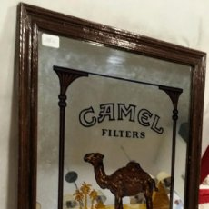 Antigüedades: ESPEJO CAMEL FILTERS VINTAGE. Lote 197450580
