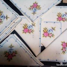 Antigüedades: * SERVILLETAS PUNTO DE CRUZ.12 UNIDADES (RF: 133/*). Lote 197470403
