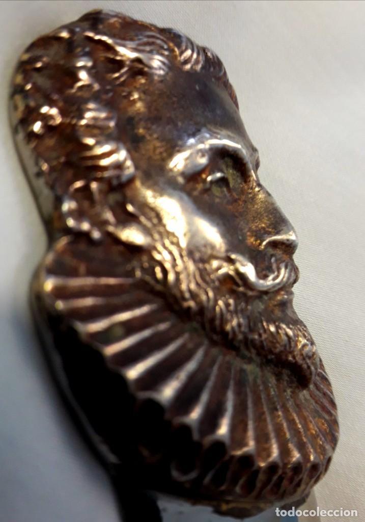Antigüedades: Paper Cutter Época Victoriana Sellado Con Imagen Cervantes. - Foto 2 - 197472892