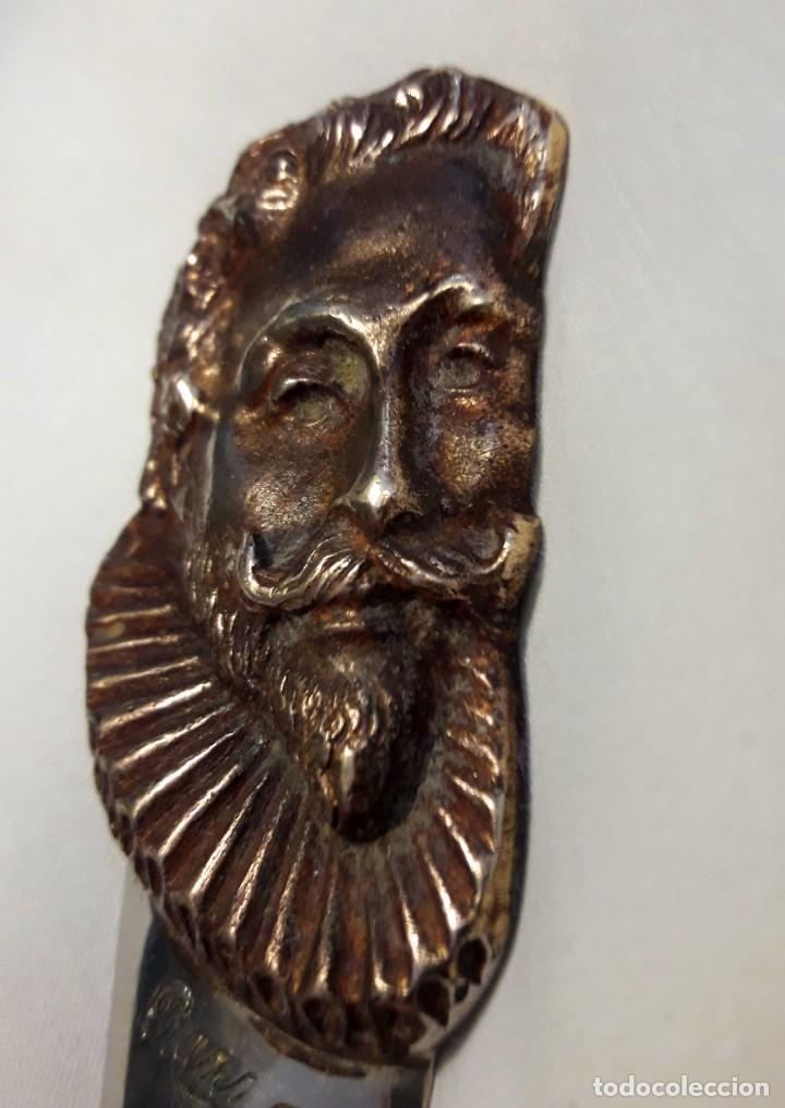 Antigüedades: Paper Cutter Época Victoriana Sellado Con Imagen Cervantes. - Foto 4 - 197472892