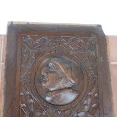Antigüedades: PANEL O TABLERO DE ROBLE TALLADO CON CABEZA DE HOMBRE. Lote 197674053