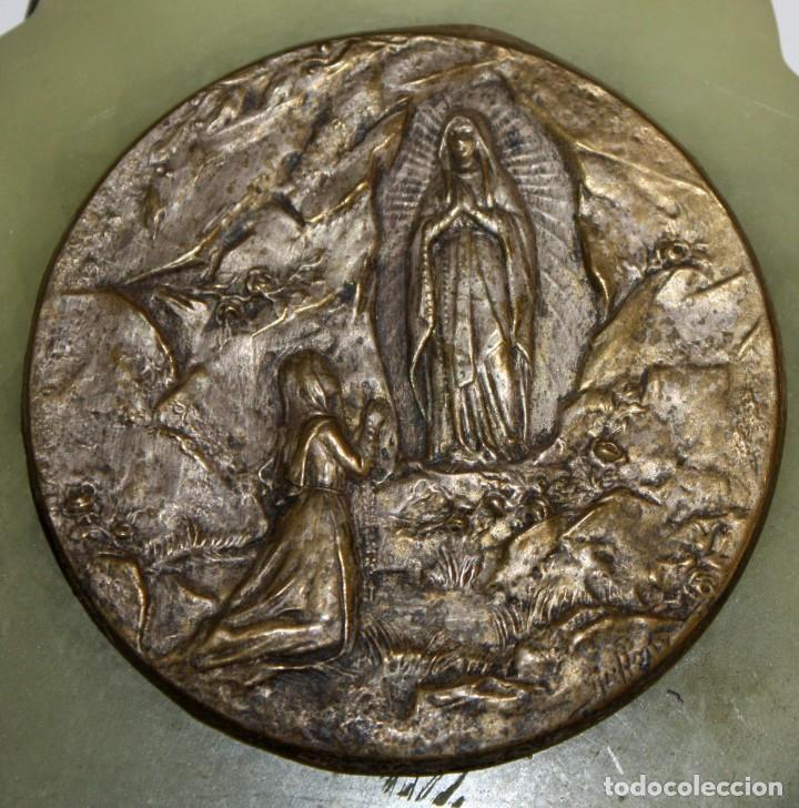 Antigüedades: BENDITERA DE NUESTRA SEÑORA DE LOURDES - Foto 2 - 197785816